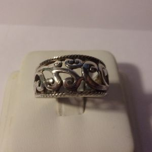 Jewelry - Sterling Silver Waves Band Ring Size 8